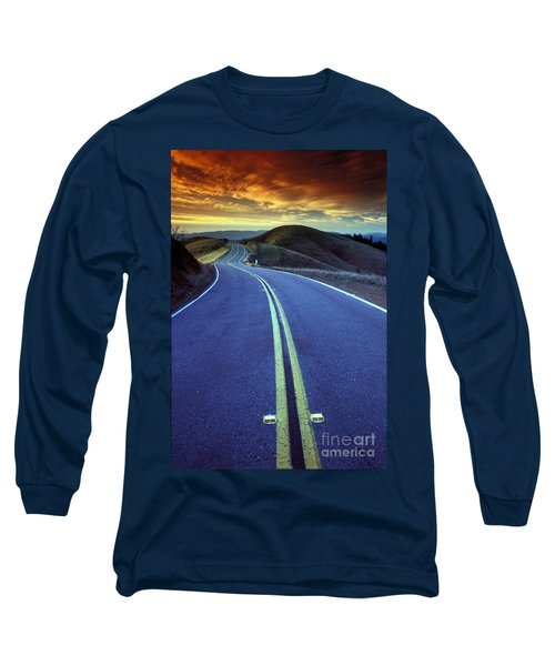 Road In The Mountains Long Sleeve T-Shirt