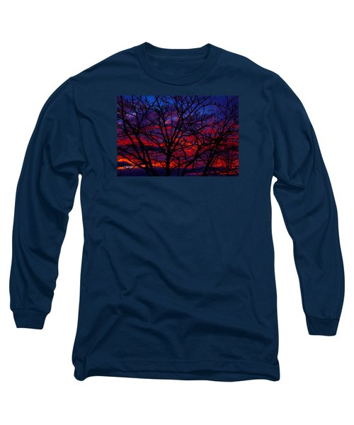 Silhouette 1 Long Sleeve T-Shirt