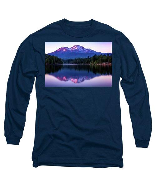 Sunset Reflection On Lake Siskiyou Of Mount Shasta Long Sleeve T-Shirt