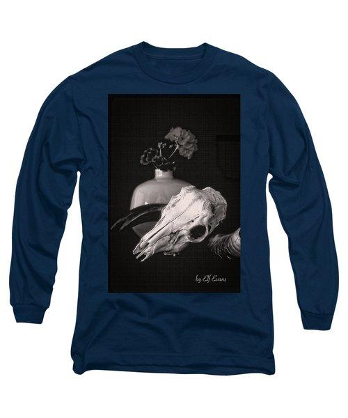 Thinking Of Georgia O'keeffe Long Sleeve T-Shirt