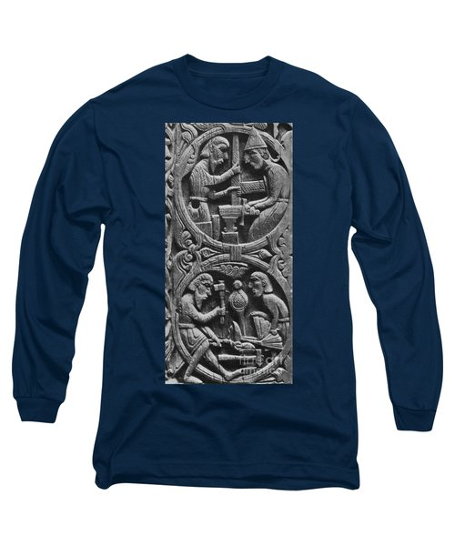 Viking Blacksmiths Forge The Sword Long Sleeve T-Shirt