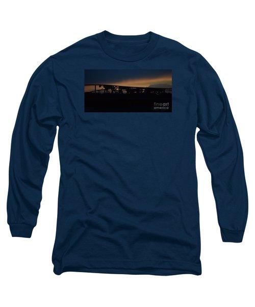 Wagon Train Slihoutte Long Sleeve T-Shirt