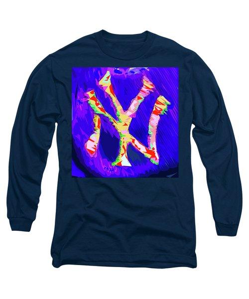 Yankees Logo Long Sleeve T-Shirt