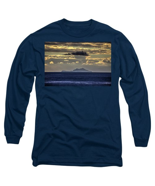 Island Cloud Long Sleeve T-Shirt