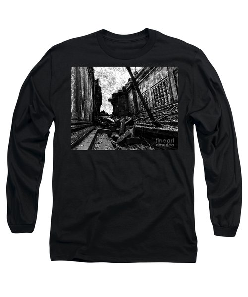 Beng Mealea Long Sleeve T-Shirt