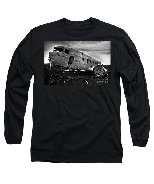 Long Sleeve T-Shirt featuring the photograph Dc-3  by Gunnar Orn Arnason