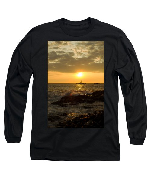 Hawaiian Waves At Sunset Long Sleeve T-Shirt