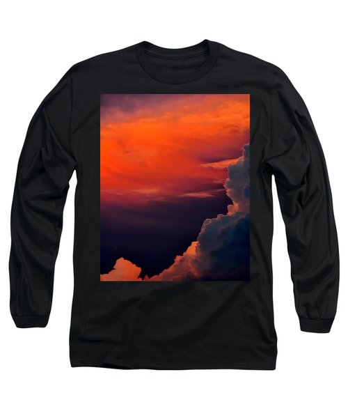 Storm Moving In 16101 Long Sleeve T-Shirt