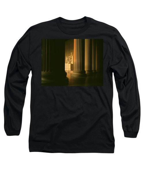 The Lincoln Memorial In The Morning Long Sleeve T-Shirt by Panoramic Images