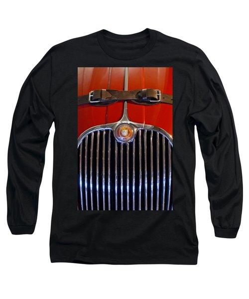 1958 Jaguar Xk150 Roadster Grille Emblem Long Sleeve T-Shirt