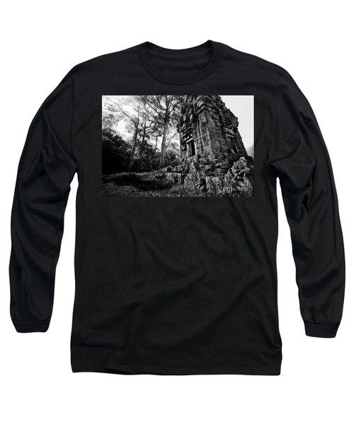 Ruin At Angkor Wat Long Sleeve T-Shirt