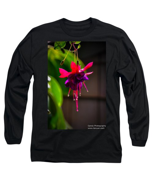 A Special Red Flower  Long Sleeve T-Shirt