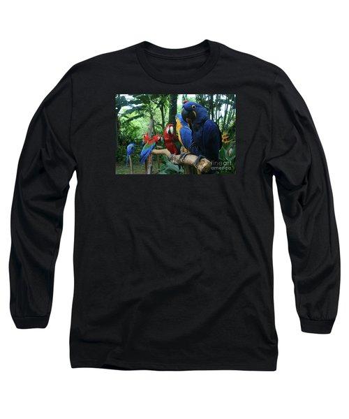 Aloha Kaua Aloha Mai No Aloha Aku Beautiful Macaw Long Sleeve T-Shirt