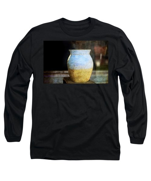 An Old Pot In Vintage Background Long Sleeve T-Shirt