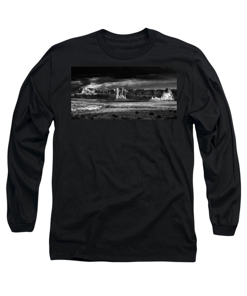 Arches Panorama Long Sleeve T-Shirt