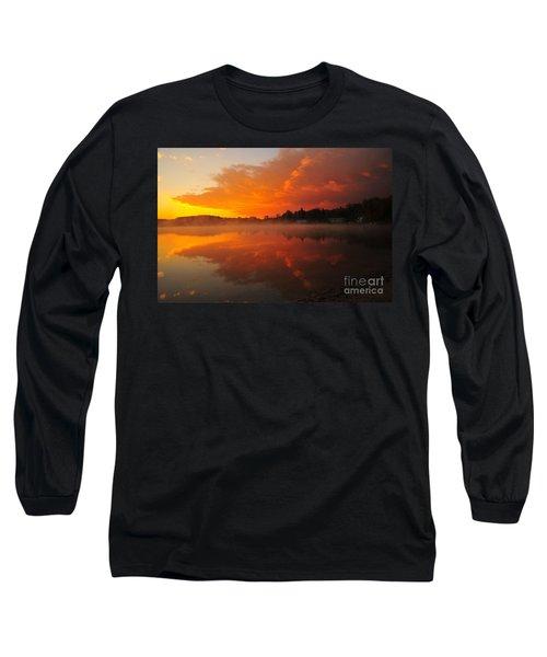 Autumn Sunrise At Stoneledge Lake Long Sleeve T-Shirt