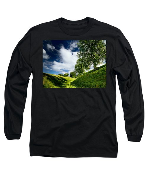 Avebury Hillside Long Sleeve T-Shirt