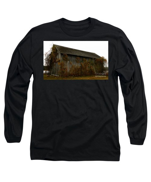 Barn 2 Long Sleeve T-Shirt