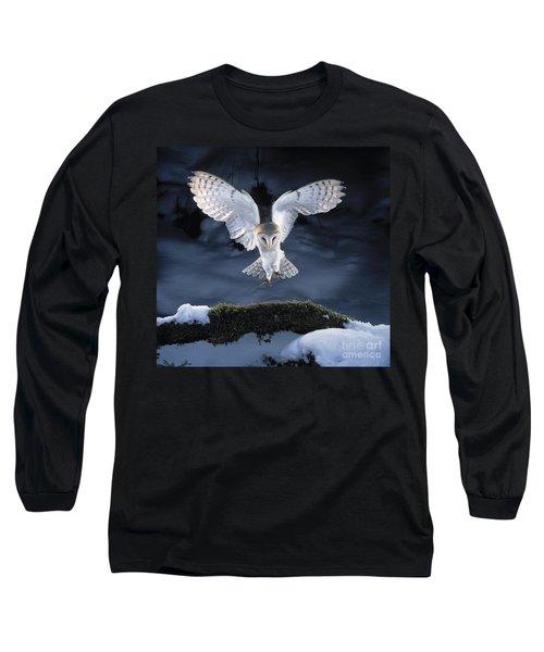 Barn Owl Landing Long Sleeve T-Shirt