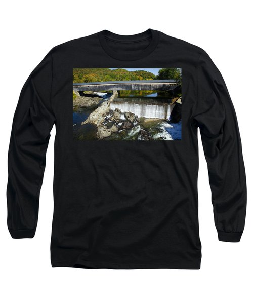 Bath Haverhill Covered Bridge In Autumn Long Sleeve T-Shirt