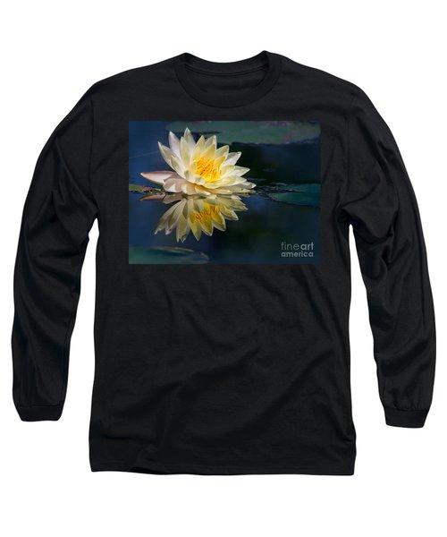 Beautiful Water Lily Reflection Long Sleeve T-Shirt