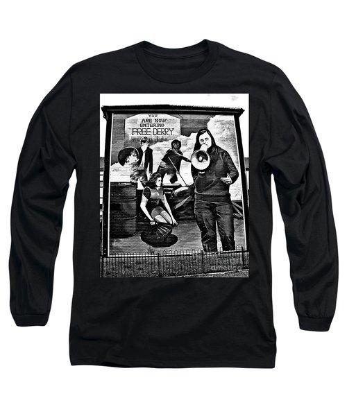Bernadette Devlin Mural 2 Long Sleeve T-Shirt