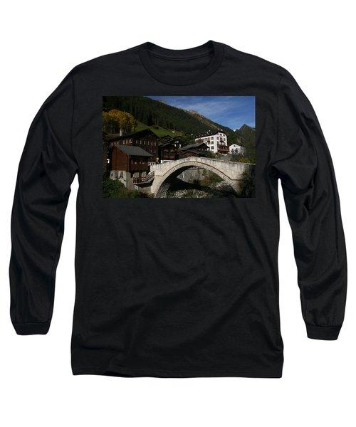 Binn Long Sleeve T-Shirt