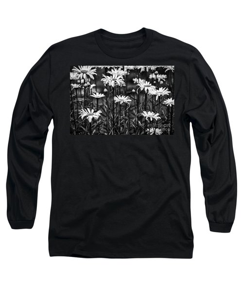 Black And White Daisies Long Sleeve T-Shirt
