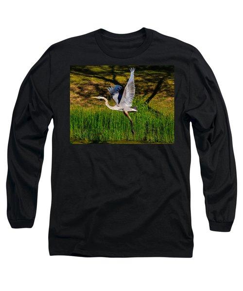 Blue Heron In Flight Long Sleeve T-Shirt