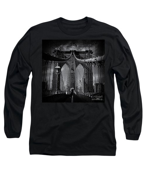 Brooklyn Bridge Up Close New York City Long Sleeve T-Shirt