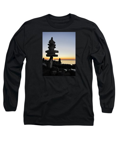 Cairns At Sunset At Door Bluff Headlands Long Sleeve T-Shirt by David T Wilkinson