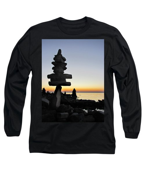 Cairns At Sunset At Door Bluff Headlands Long Sleeve T-Shirt