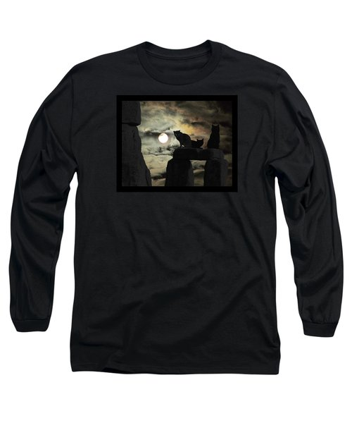 Long Sleeve T-Shirt featuring the photograph Celtic Nights Selective Coloring by I'ina Van Lawick