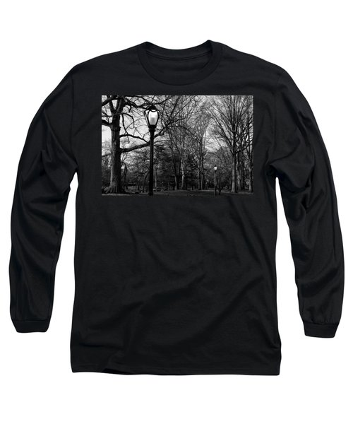 Central Park Streetlamps In Black And White 2 Long Sleeve T-Shirt