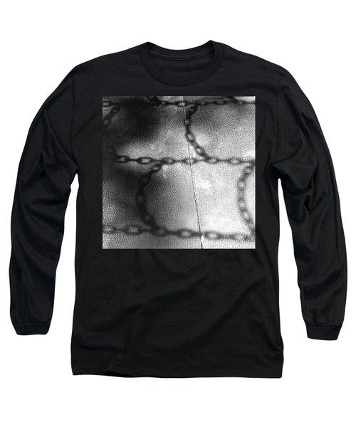 Chain Ladder Long Sleeve T-Shirt