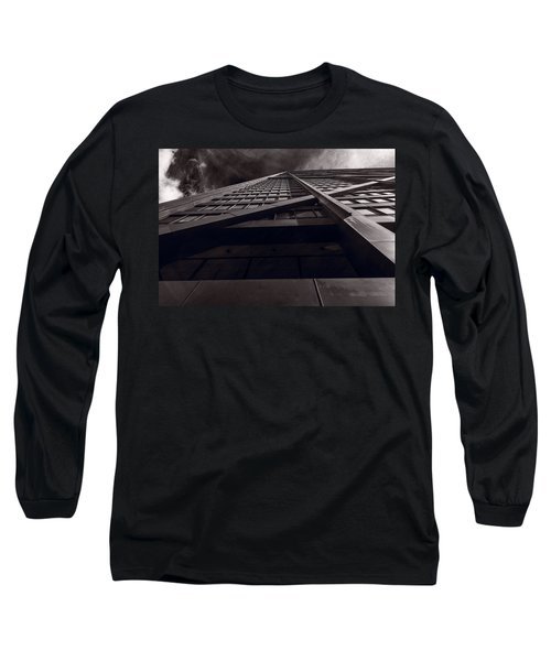 Chicago Structure Bw Long Sleeve T-Shirt
