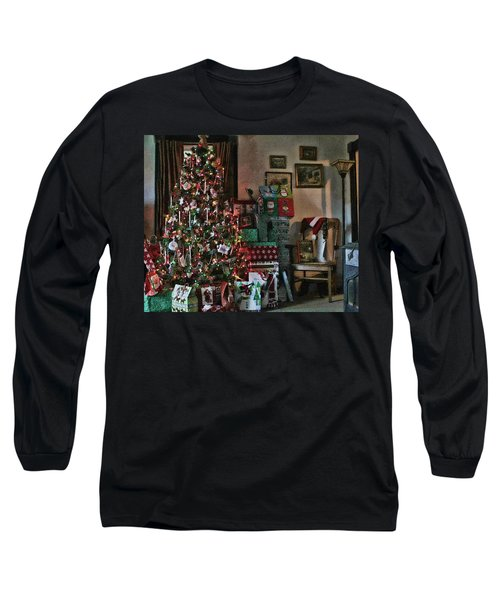 Long Sleeve T-Shirt featuring the photograph Christmas by Denise Romano