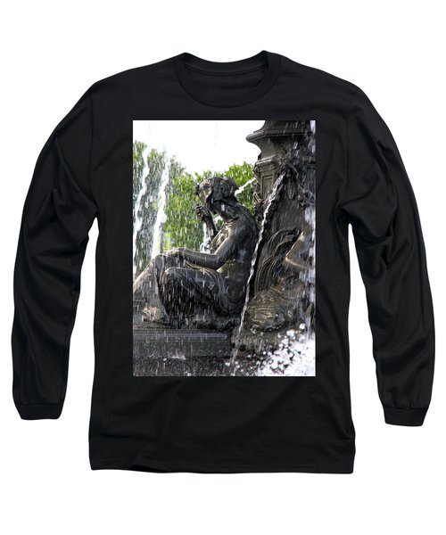 Colline Parlamentaire Building Long Sleeve T-Shirt by Valentino Visentini