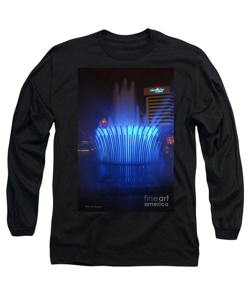 D101l-122 Scioto Mile Fountain Photo Long Sleeve T-Shirt