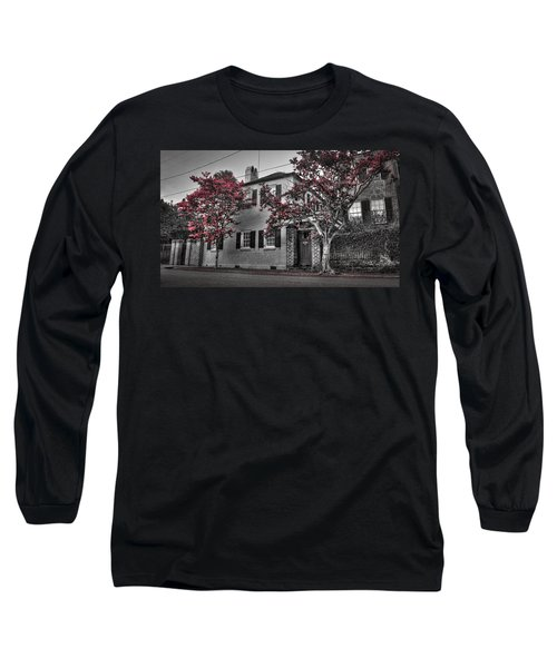 Crape Myrtles In Historic Downtown Charleston 1 Long Sleeve T-Shirt