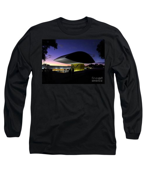 Curitiba - Museu Oscar Niemeyer Long Sleeve T-Shirt