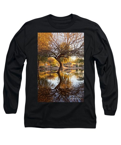 Curved Reflection Long Sleeve T-Shirt