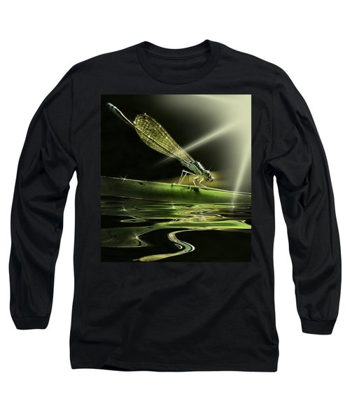 Damsel Dragon Fly  With Sparkling Reflection Long Sleeve T-Shirt