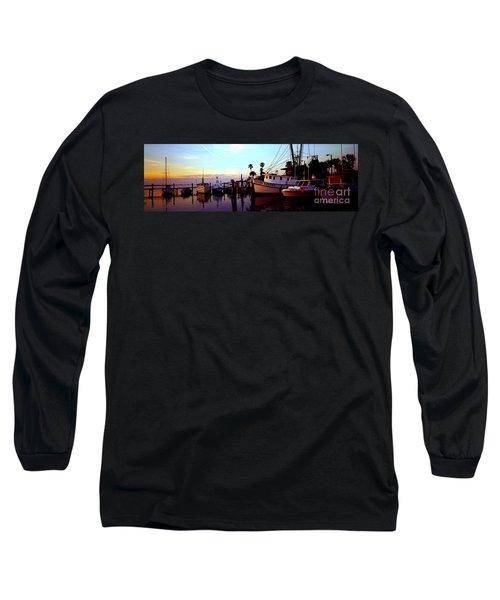 Long Sleeve T-Shirt featuring the photograph Daytona Beach Fl Last Chance Miss Hazel And Sonny Boy by Tom Jelen