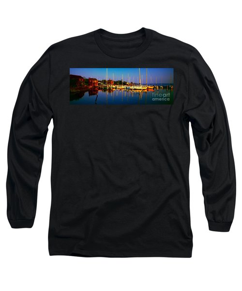 Daytona Beach Florida Inland Waterway Private Boat Yard With Bird   Long Sleeve T-Shirt