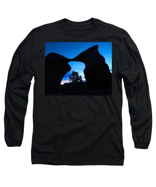 Devil's Garden Metate Arch 011 Long Sleeve T-Shirt