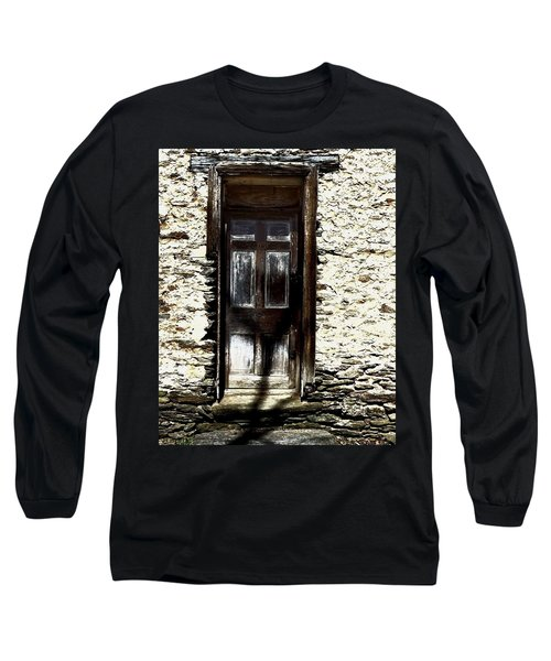 Door 3769 Long Sleeve T-Shirt