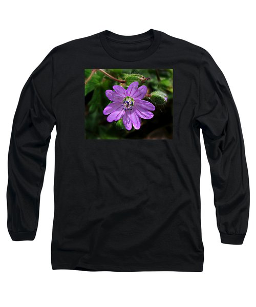 Wild Dovesfoot Cranesbill Long Sleeve T-Shirt by William Tanneberger