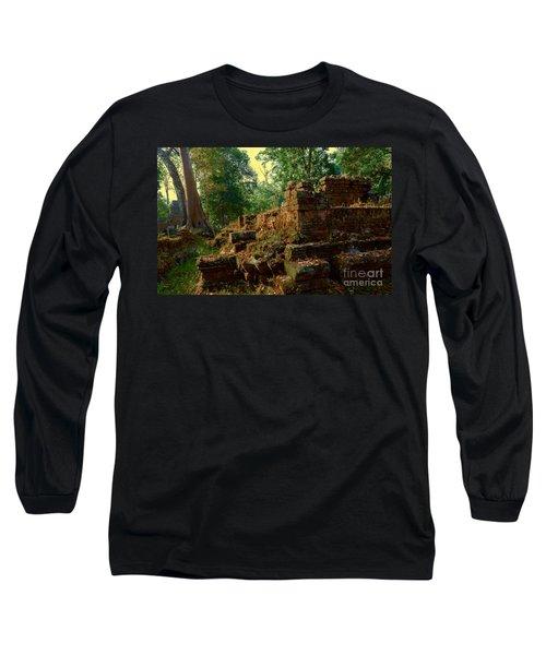Edge Of Ruin Long Sleeve T-Shirt