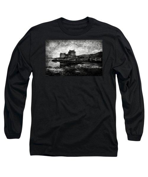 Eilean Donan Castle In Scotland Bw Long Sleeve T-Shirt by RicardMN Photography
